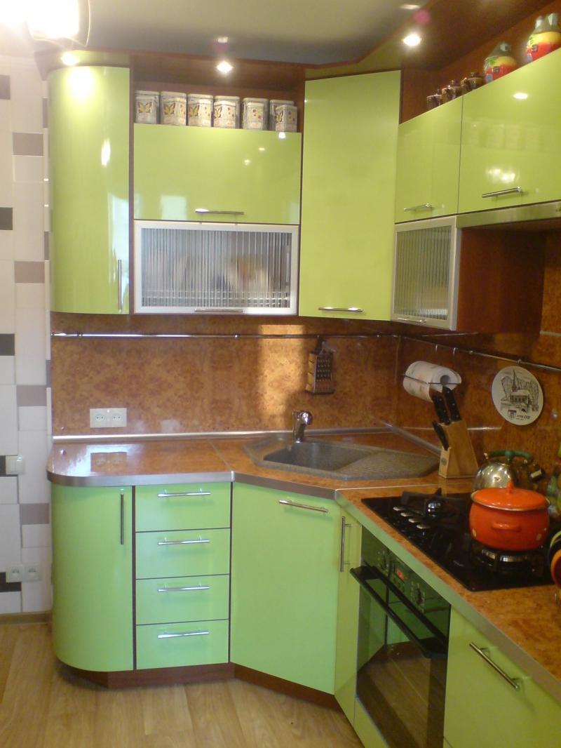 Кухня дизайн фото малогабаритная угловая